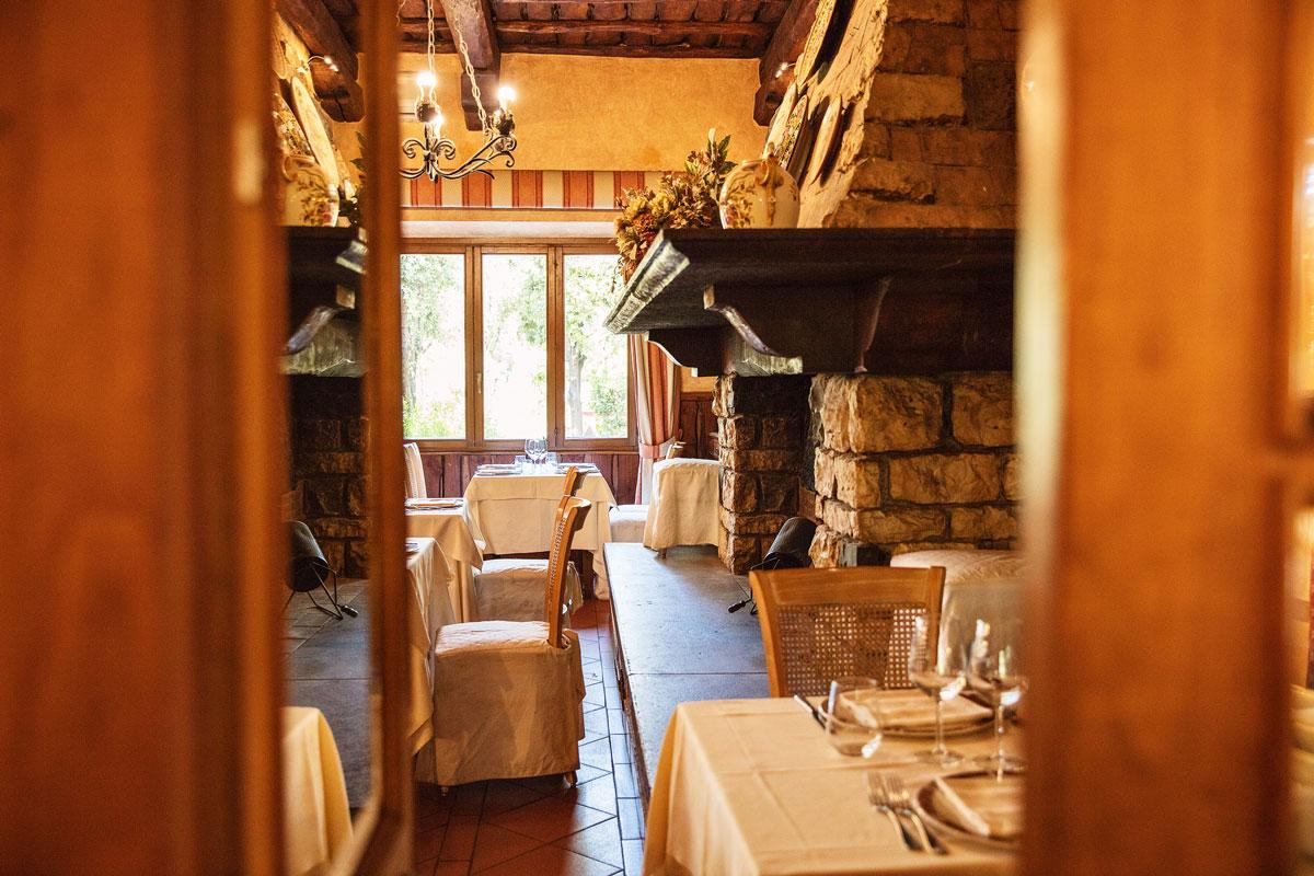 Checco dello Scapicollo RIstorante Sale Banchetti